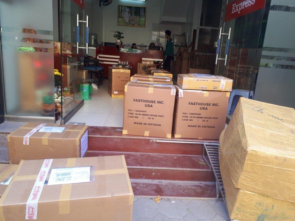 Dịch vụ giao hàng COD của SgbExpress