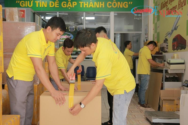Chuyển phát nhanh quốc tế tại Hà Nội an toàn, uy tín với Sài Gòn Bay
