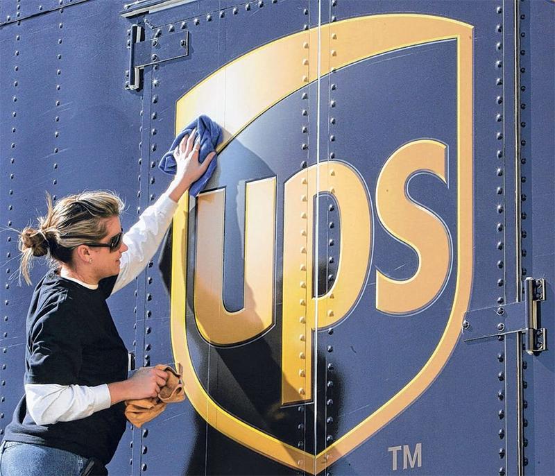 Hãng vận chuyển quốc tế UPS tăng cường cam kết lâu dài ở thị trường Việt Nam